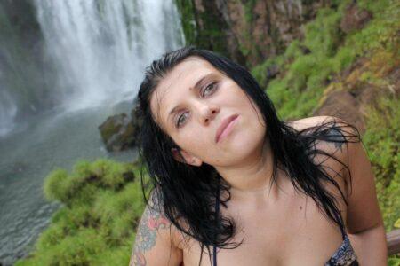 Charlize, 34 cherche une rencontre sexe